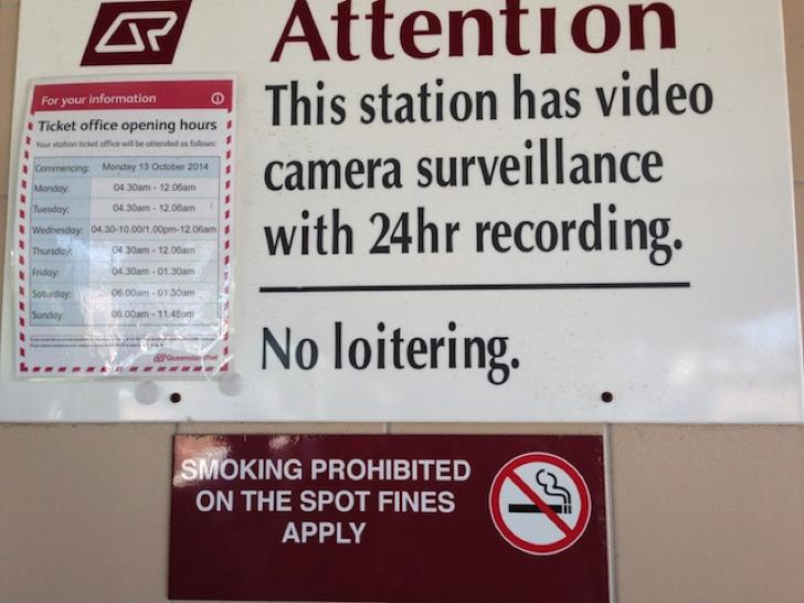 禁止 命令 英語