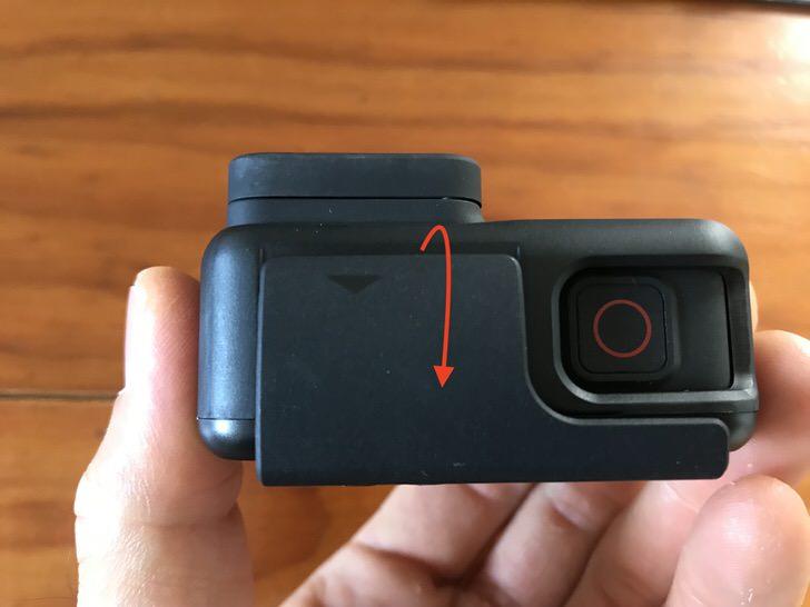 ゴープロ 保護フィルム 貼り方