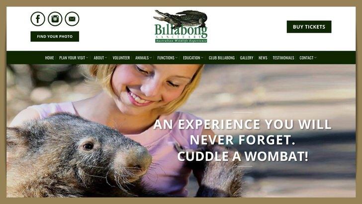 ウォンバット 抱っこ 動物園 オーストラリア